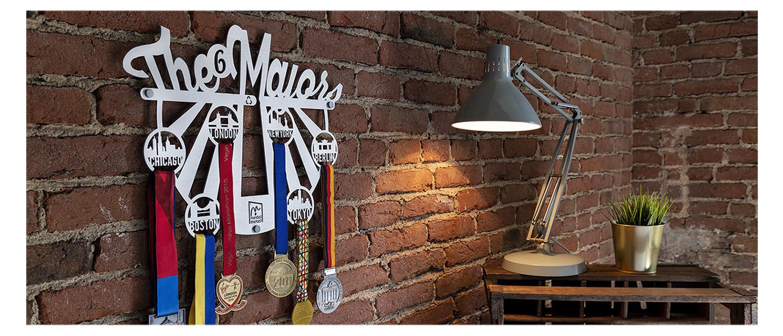Medal Metal – 6 World Marathon Majors Medal Display - Your efforts deserve it